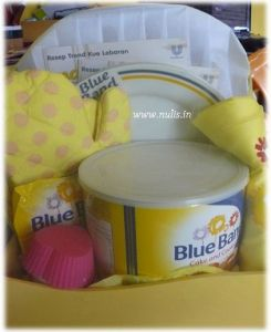 Blue Band Hampers