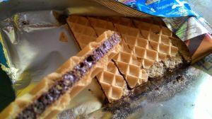 Tango Waffle Crunchox : Coklat Tebal & Rice Crispy, Makrenyes!