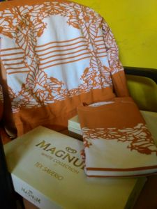 Sweater Tshirt Tex Saverio : Hadiah Point Magnum