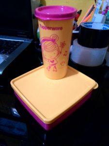Paket Happy Days Tupperware : Ngerepotin Orang!