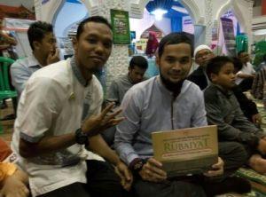 Muslim Fair & Halal Food Festival Expo KPMI 2015 : Sasana Krida GOR Satria Purwokerto
