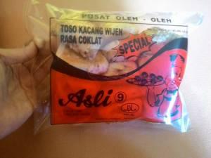 Toso Kacang Wijen : Rasa Coklatnya Nyatu Dilidah