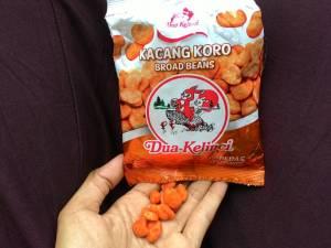 Kacang Koro Pedas Dua Kelinci : Pedasnya Pas, Nyatu Dimulut