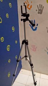 Wanky 3110 Tripod Camera : Kesenggol Jatoh!
