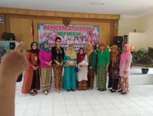 Peringatan Hari Ibu Di Kelurahan Teluk Purwokerto Selatan