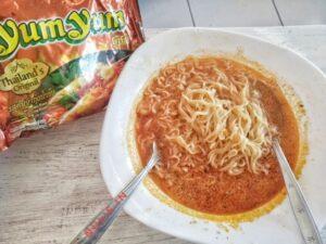 Yum Yum Thailands Original : Mentahnya Saja Kriuuk Nyumi!