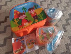 Junior Bento Set Hadiah Bentolicious Tupperware