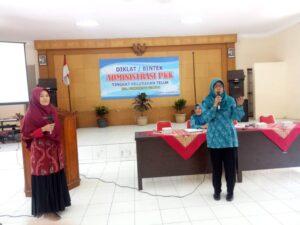 Bimtek Administrasi PKK Kelurahan Teluk Purwokerto Selatan