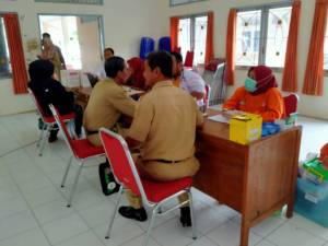 Donor Darah Perdana Forum Kesehatan Kelurahan Teluk, Berikut Alasan Gagal Donor