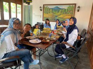 Review Ayam Alas Purwokerto Berikut Daftar Menunya
