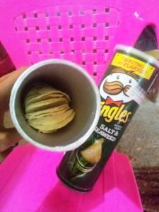 Pringles Salt & Seawed : Rasa Flat & Tak Ada Label Halalnya