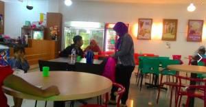 Cafe Toserba Berkah Jaya Purwokerto : Nyaman Buat Nunggu Belanja